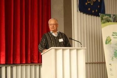 LIFE+Tagung am 01. März 2012 in Eningen - Moderator der Tagung Landeskonservator Reinhard Wolf